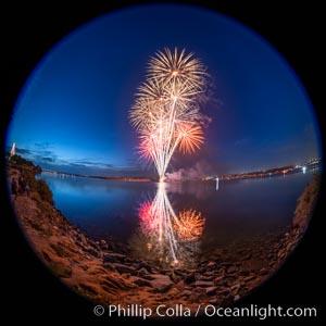 Sea World Fireworks San Diego Mission Bay. Sea World shows evening fireworks over Mission Bay