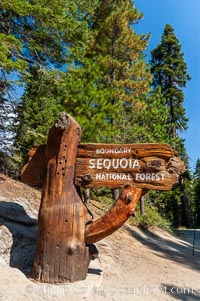 Sequoia National Forest entry sign, Sequoia Kings Canyon National Park, California