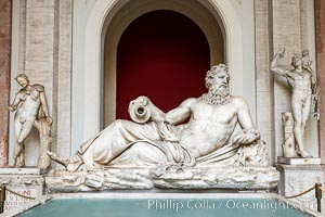 Statuary, Vatican Museum, Vatican City. Rome, Italy, natural history stock photograph, photo id 35592