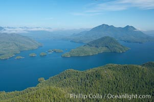 Flores Island (foreground) and Clayoquot Sound, aerial photo, near Tofino on the west coast of Vancouver Island. Tofino, British Columbia, Canada, natural history stock photograph, photo id 21070