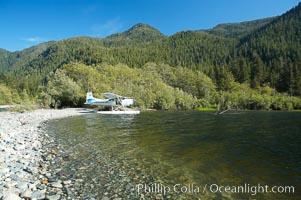 Float plane on the shore of Megin Lake, near Tofino on the west coast of Vancouver Island
