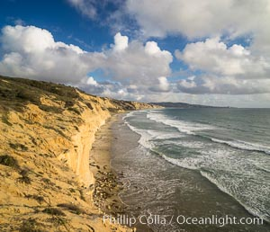 Torrey Pines cliffs. Torrey Pines State Reserve, San Diego, California, USA, natural history stock photograph, photo id 29132