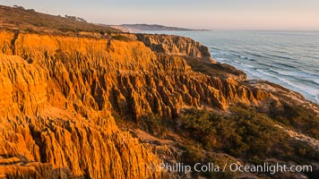 Torrey Pines Cliffs and Pacific Ocean, Razor Point view to La Jolla, San Diego, California. Torrey Pines State Reserve, USA, natural history stock photograph, photo id 28483