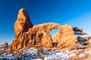Turret Arch, winter, sunrise. Turret Arch, Arches National Park, Utah, USA, natural history stock photograph, photo id 18148