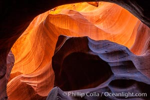 Upper Antelope Canyon slot canyon, Navajo Tribal Lands, Page, Arizona
