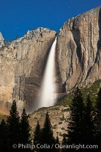 Yosemite Falls in peak flow, viewed from Cook's meadow, spring, Yosemite National Park, California