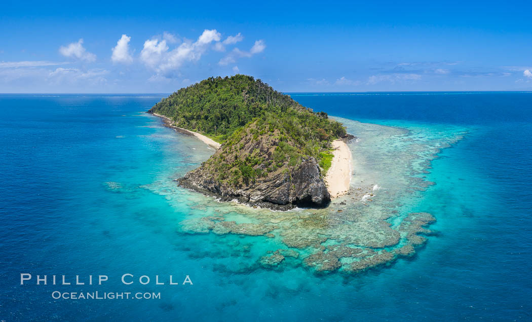 Aerial View of Namena Island, Fiji. Namena Marine Reserve, natural history stock photograph, photo id 34685