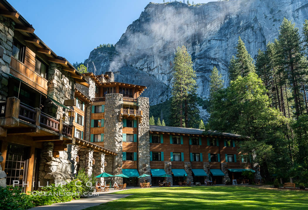 The Ahwahnee Hotel in Yosemite Valley, Yosemite National Park