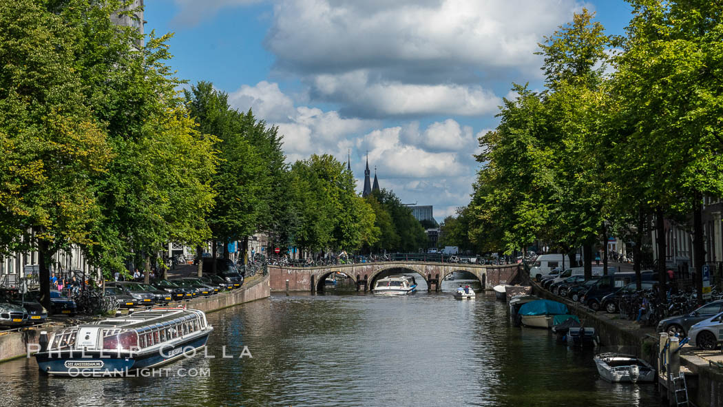 Amsterdam canals and quaint city scenery. Holland, Netherlands, natural history stock photograph, photo id 29443