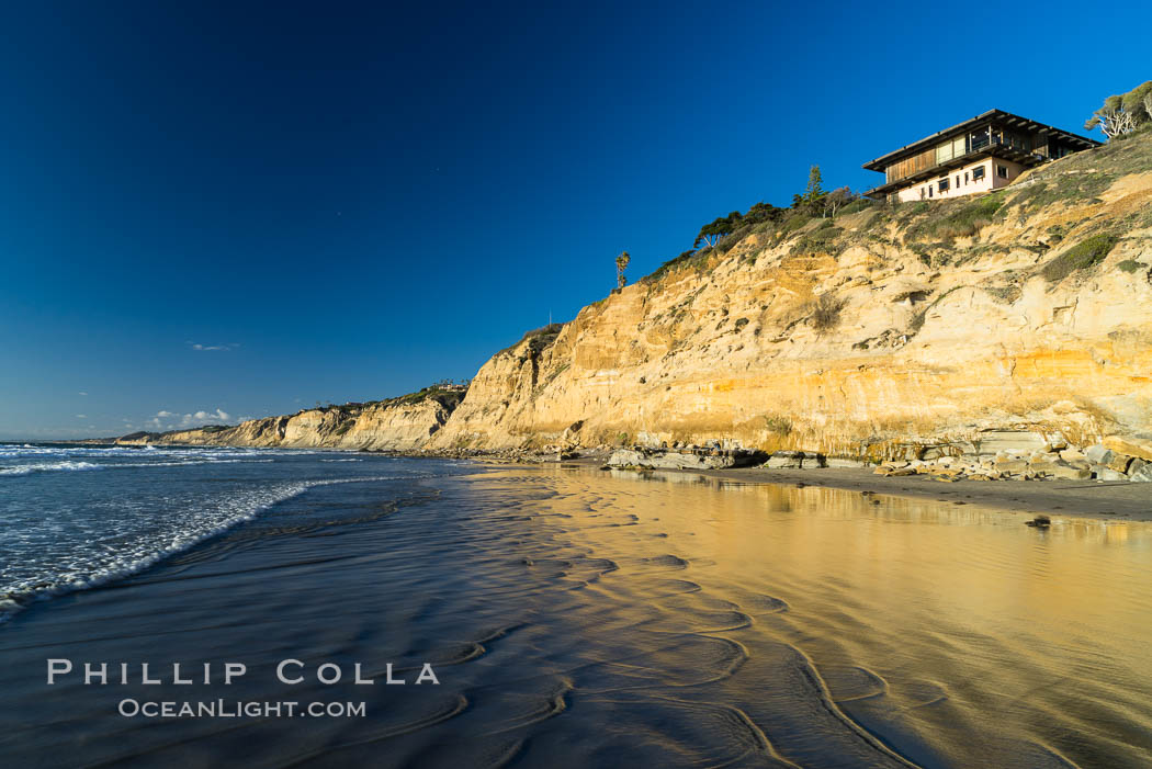 Black's Beach sea cliffs, sunset, looking north from Scripps Pier with Torrey Pines State Reserve in the distance. La Jolla, California, USA, natural history stock photograph, photo id 29166