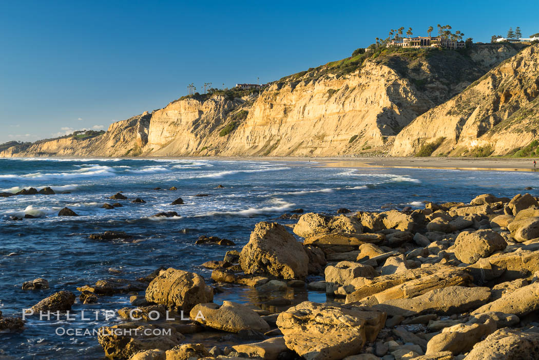 Black's Beach sea cliffs, sunset, looking north from Scripps Pier with Torrey Pines State Reserve in the distance. La Jolla, California, USA, natural history stock photograph, photo id 29169