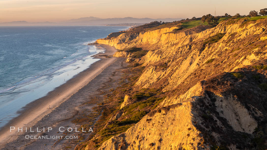 Blacks Beach and Torrey Pines sea cliffs, looking north, aerial photo, La Jolla, California. USA, natural history stock photograph, photo id 36555