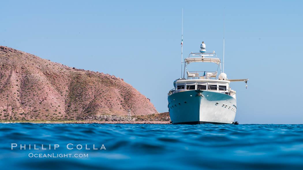 Image 33641, Boat Ambar at Isla San Francisquito. Isla San Francisquito, Baja California, Mexico