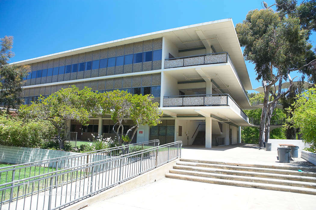 Bonner Hall, University of California San Diego (UCSD). University of California, San Diego, La Jolla, USA, natural history stock photograph, photo id 12851