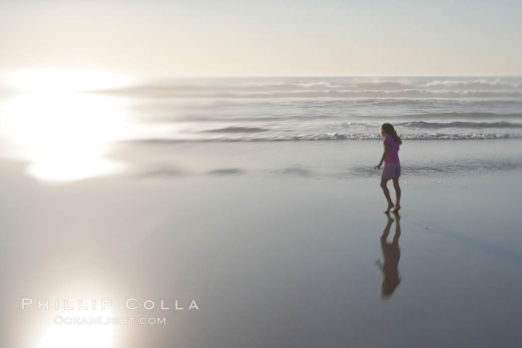 Image 14462, Child on the beach. Ponto, Carlsbad, California, USA, Phillip Colla, all rights reserved worldwide. Keywords: beach, california, carlsbad, coast, ocean, pacific, ponto, san diego, sea, seashore, selective focus, shore, usa.