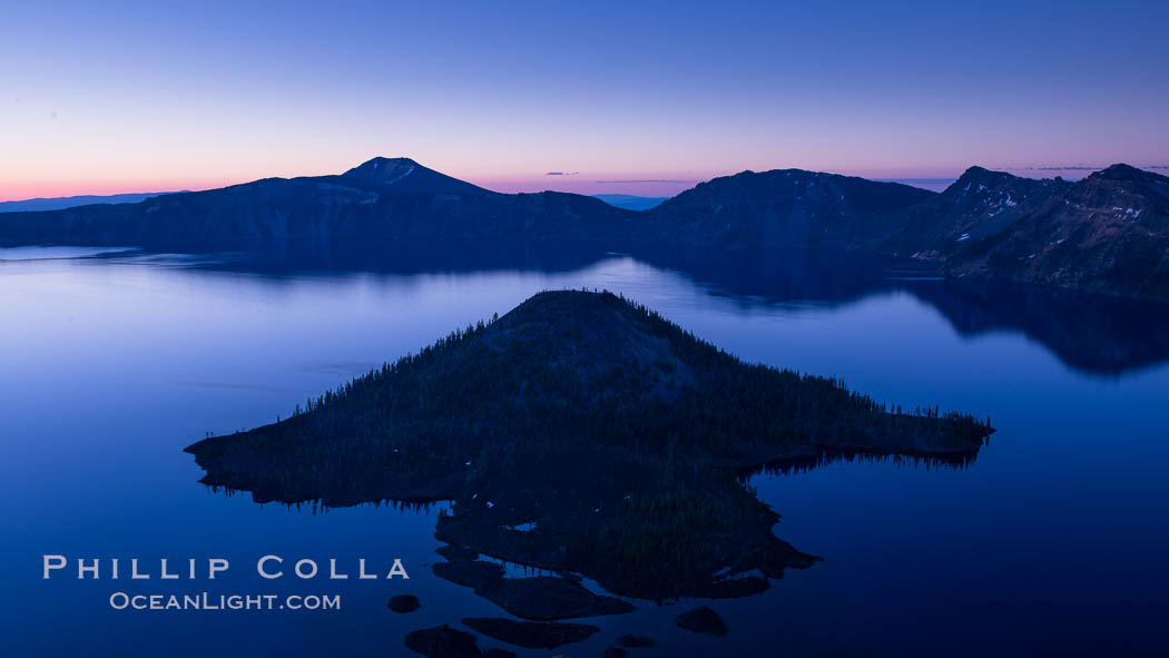 Crater Lake and Wizard Island at sunrise. Crater Lake National Park, Oregon, USA, natural history stock photograph, photo id 28668