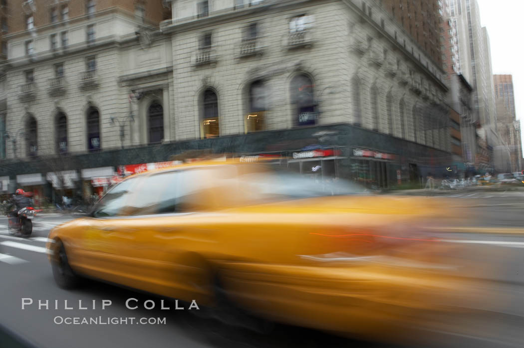 Crazy taxi ride through the streets of New York City. Manhattan, USA, natural history stock photograph, photo id 11186