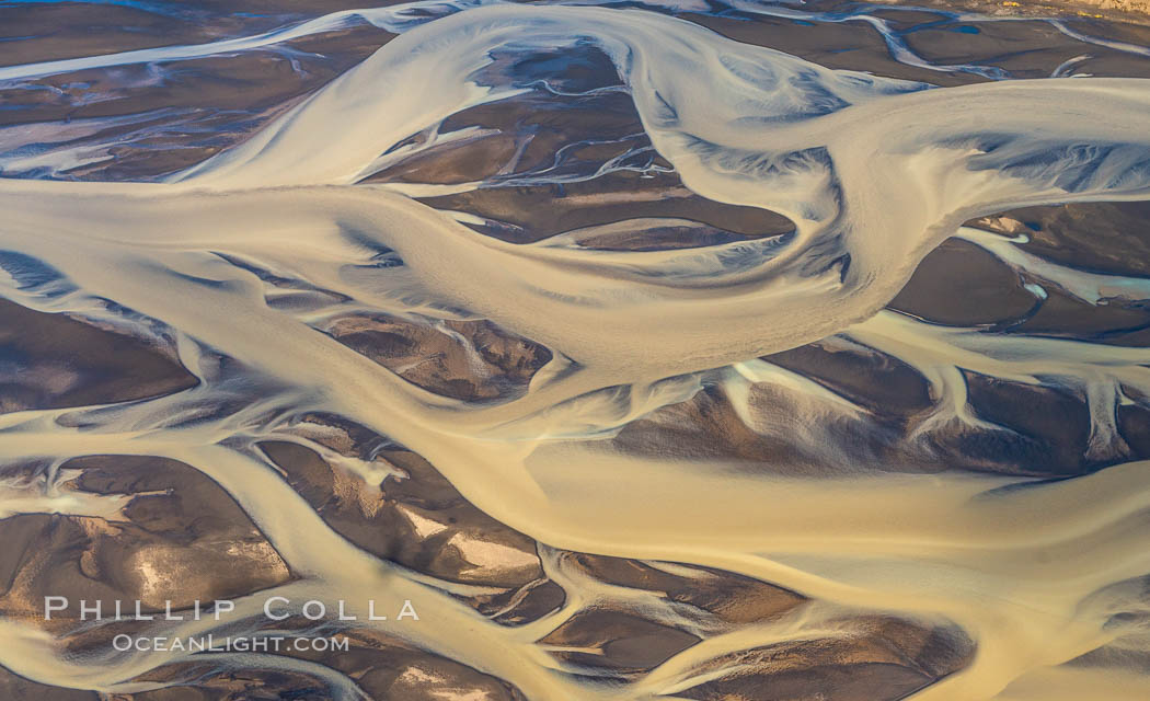 Glacial river, highlands of Southern Iceland., natural history stock photograph, photo id 35743