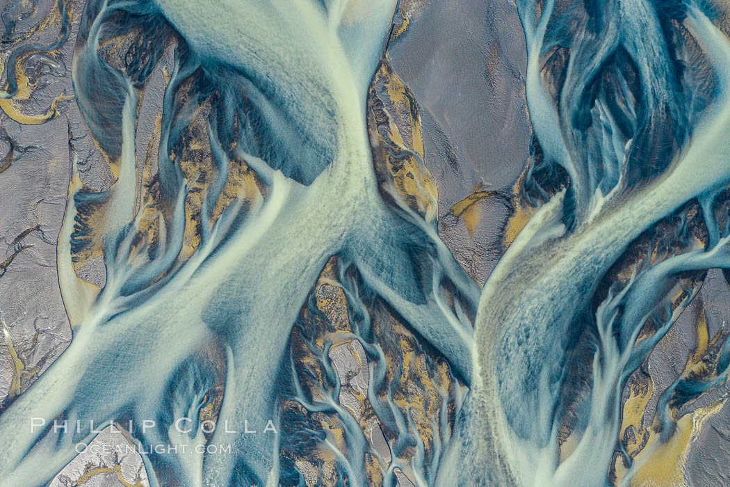 Glacier Runoff and Braided River, Southern Iceland. Iceland, natural history stock photograph, photo id 35756