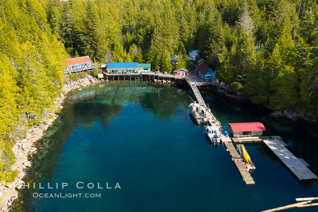 Gods Pocket Dive Resort, Hurst Island. British Columbia, Canada, natural history stock photograph, photo id 35541