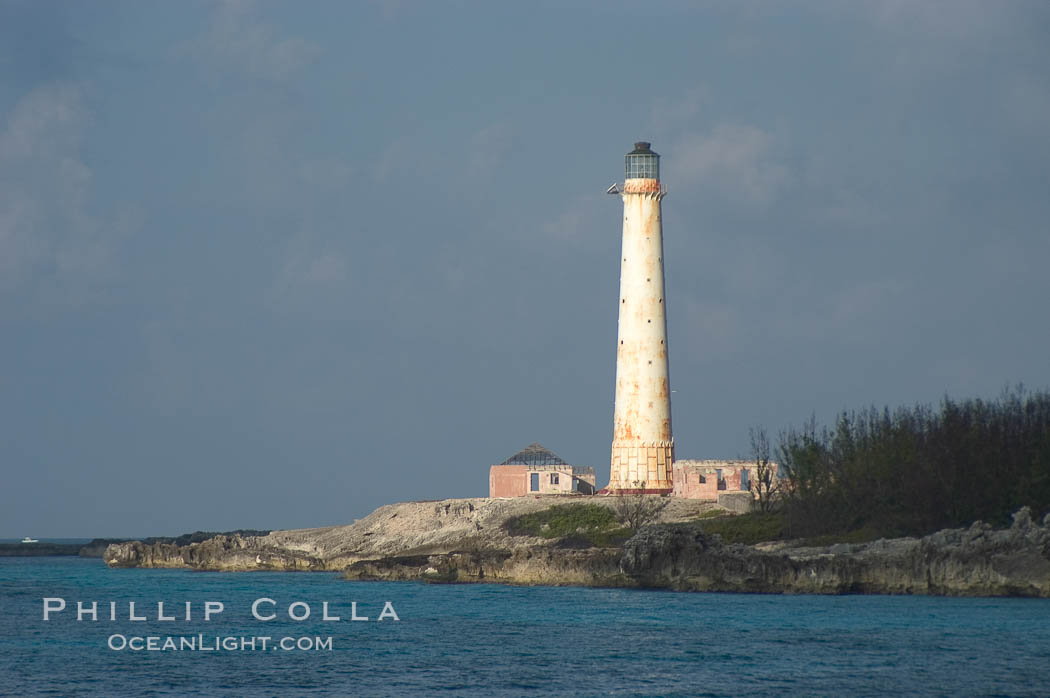 Abandoned lighthouse on Great Isaac Island. Bahamas, natural history stock photograph, photo id 10867