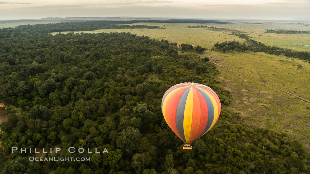 Hot Air Ballooning over Maasai Mara plains, Kenya. Maasai Mara National Reserve, natural history stock photograph, photo id 29802