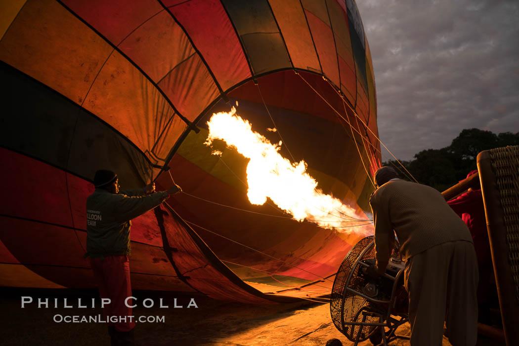 Hot Air Ballooning over Maasai Mara plains, Kenya. Maasai Mara National Reserve, Kenya, natural history stock photograph, photo id 29801