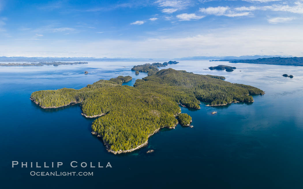 Image 35542, Hurst Island aerial photo. British Columbia, Canada, Phillip Colla, all rights reserved worldwide. Keywords: aerial, aerial photo, aerial photograph, british columbia, browning pass, canada, gods pocket provincial park, hurst island, vancouver island.