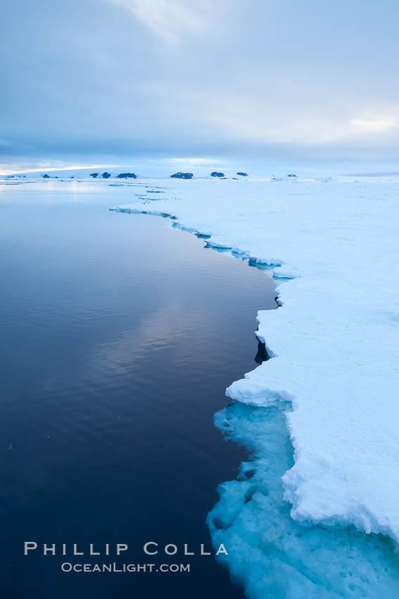 Image 26371, Icebergs and ice near Paulet Island. Paulet Island, Antarctic Peninsula, Antarctica
