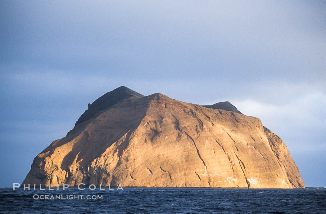 Isla Adentro in dramatic early morning light. Guadalupe Island (Isla Guadalupe), Baja California, Mexico, natural history stock photograph, photo id 09759