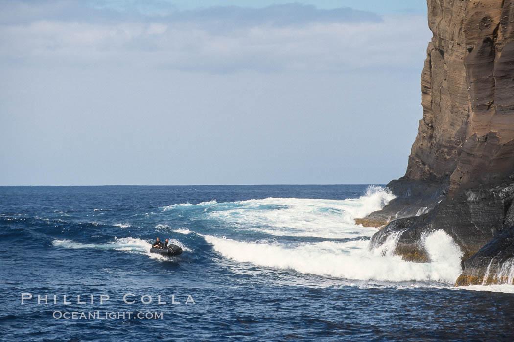 Skiff surfing, Isla Afuera. Guadalupe Island (Isla Guadalupe), Baja California, Mexico, natural history stock photograph, photo id 02393
