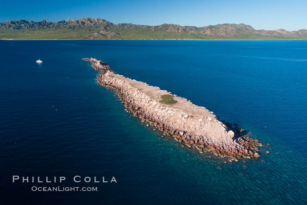 Isla Cayo, Aerial Photo, Sea of Cortez, Baja California. Isla Cayo, Baja California, Mexico, natural history stock photograph, photo id 33743