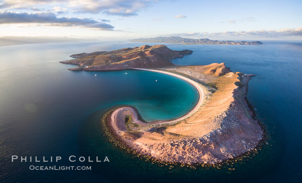 Isla San Francisquito, Aerial Photo, Sea of of Cortez. Baja California, Mexico, natural history stock photograph, photo id 32441