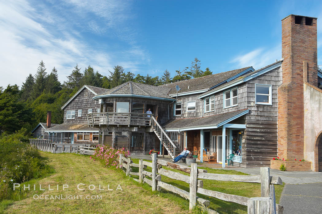 Kalaloch Lodge sits atop bluffs overlooking the Kalaloch River and Pacific Ocean. Olympic National Park, Washington, USA, natural history stock photograph, photo id 13783