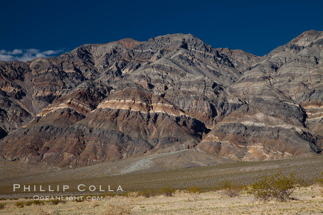 Last Chance Mountains rise above the Eureka Valley. Eureka Valley, Death Valley National Park, California, USA, natural history stock photograph, photo id 25280