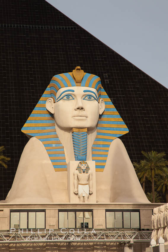 Egyptian Sphinx, replica, front entrance of the Luxor Hotel in Las Vegas. Nevada, USA, natural history stock photograph, photo id 25219