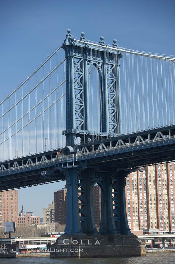 Manhattan Bridge viewed from the East River.  Lower Manhattan visible behind the Bridge. Manhattan Bridge, New York City, New York, USA, natural history stock photograph, photo id 11057
