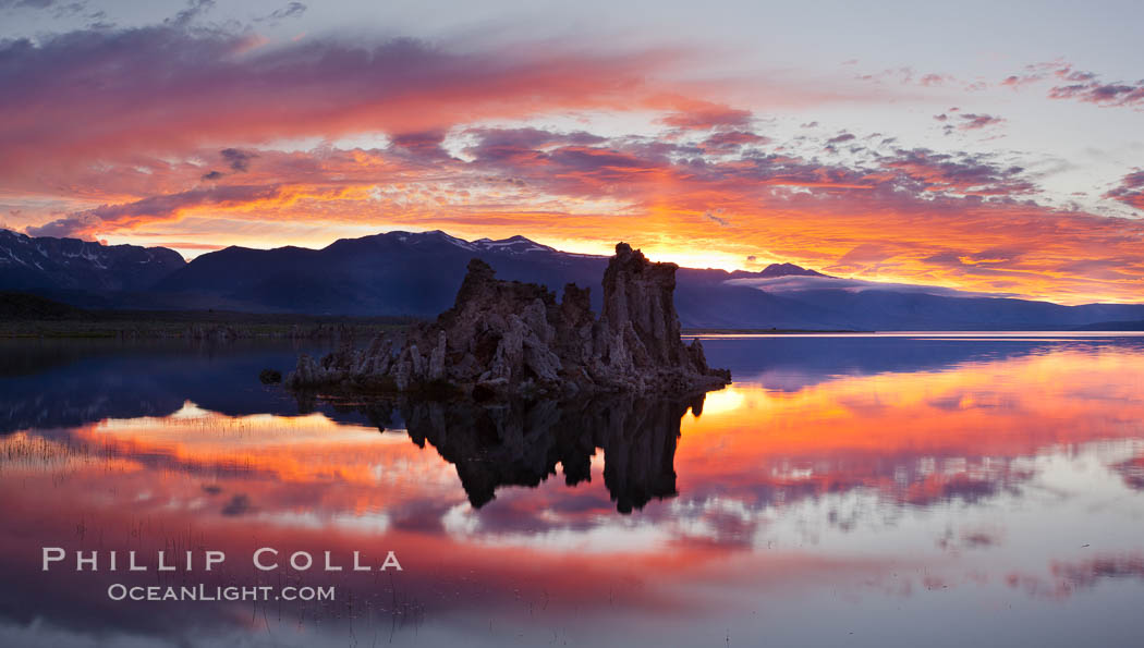 Mono Lake sunset, Sierra Nevada mountain range and tufas, clouds reflected in the still waters of Mono Lake. Mono Lake, California, USA, natural history stock photograph, photo id 26969