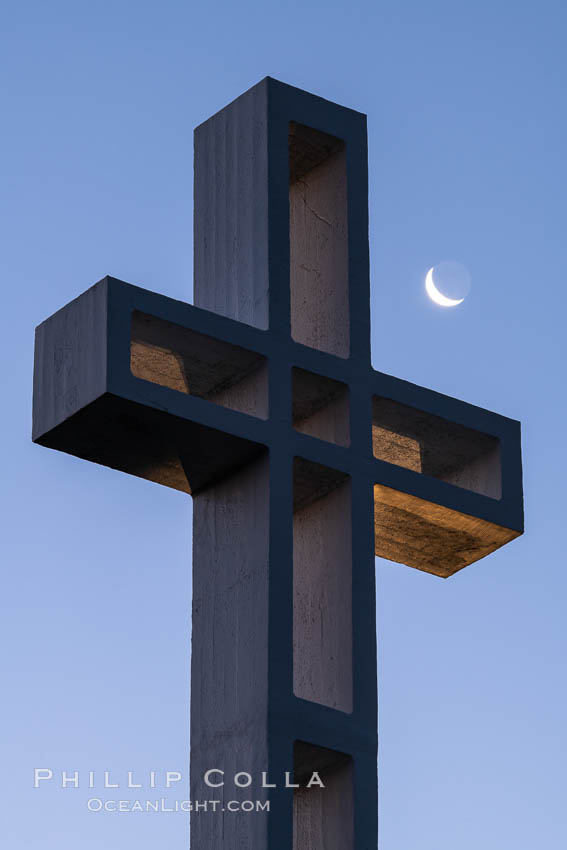 Moon over The Mount Soledad Cross, a landmark in La Jolla, California. The Mount Soledad Cross is a 29-foot-tall cross erected in 1954. USA, natural history stock photograph, photo id 36694