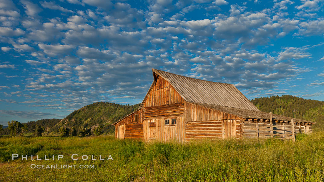 T.A. Moulton barn with Teton Range, on Mormon Row in Grand Teton National Park, Wyoming. Grand Teton National Park, Wyoming, USA, natural history stock photograph, photo id 26914