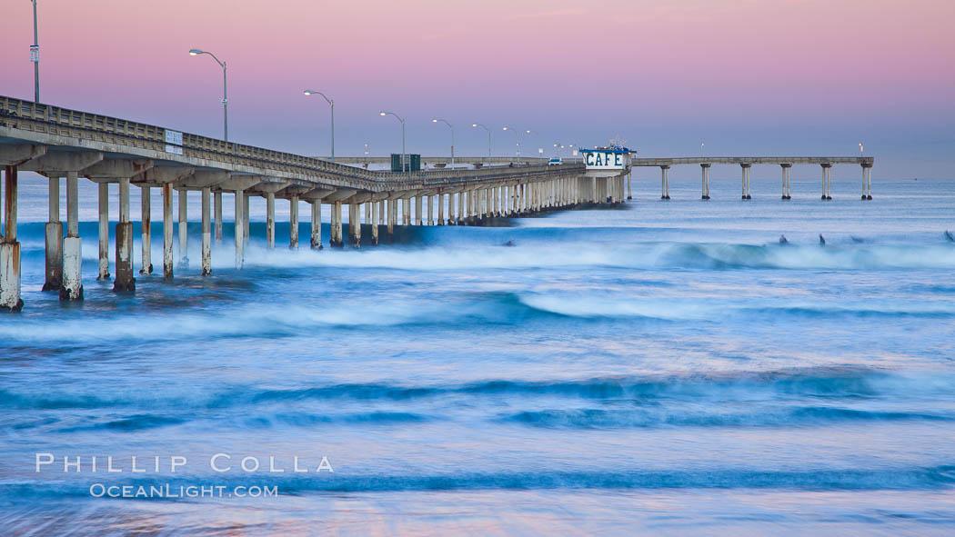 Image 27391, Ocean Beach Pier, also known as the OB Pier or Ocean Beach Municipal Pier, is the longest concrete pier on the West Coast measuring 1971 feet (601 m) long. San Diego, California, USA