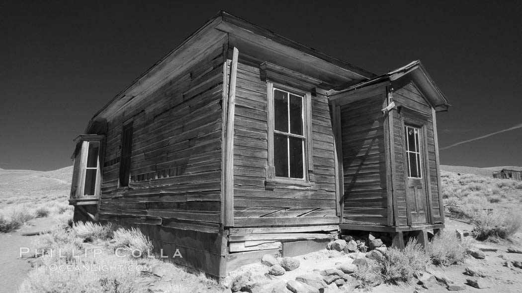 Old wooden home., natural history stock photograph, photo id 23312
