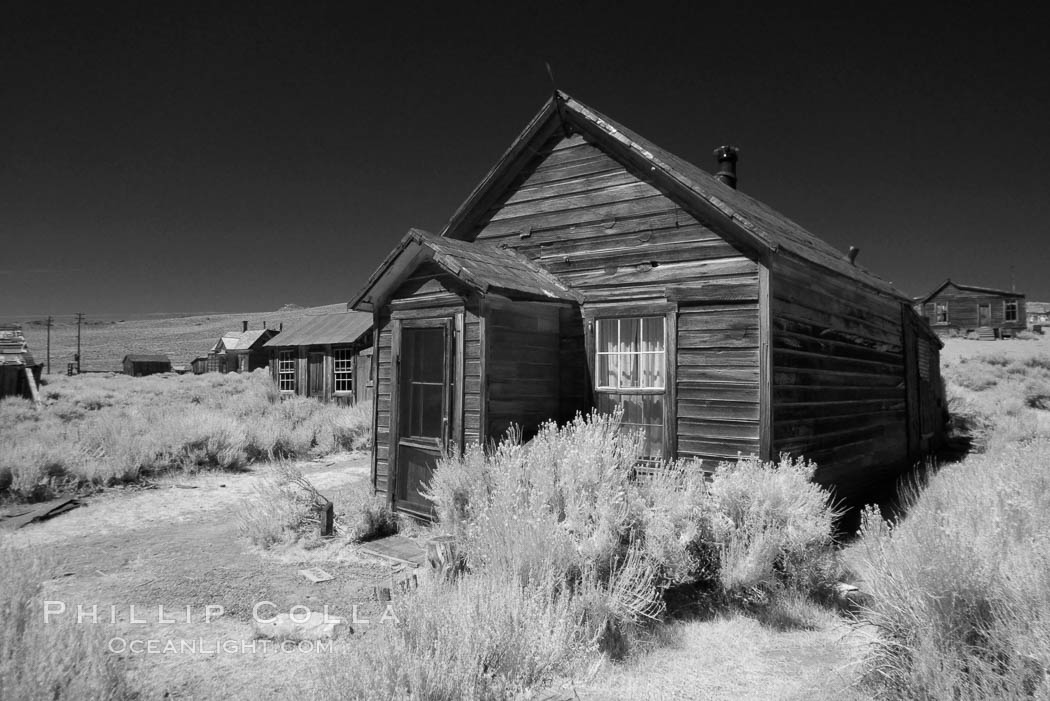 Old wooden home., natural history stock photograph, photo id 23315