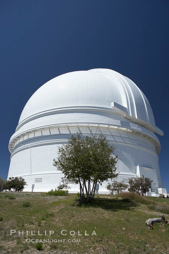 The Palomar Observatory, located in north San Diego County California, is owned and operated by the California Institute of Technology. The Observatory supports the research of the Caltech faculty, post-doctoral fellows and students, and the researchers at Caltechs collaborating institutions. Palomar Observatory is home to the historic Hale 200-inch telescope. Other facilities on the mountain include the 60-inch, 48-inch, 18-inch and the Snoop telescopes. Palomar Observatory, San Diego, California, USA, natural history stock photograph, photo id 12699