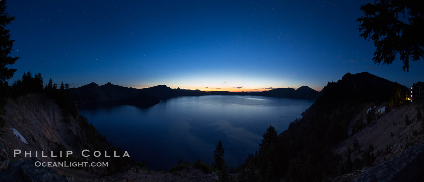 Panoramic picture of Crater Lake at dawn, sunrise, morning, panorama of Crater Lake National Park. Oregon, USA, natural history stock photograph, photo id 28661