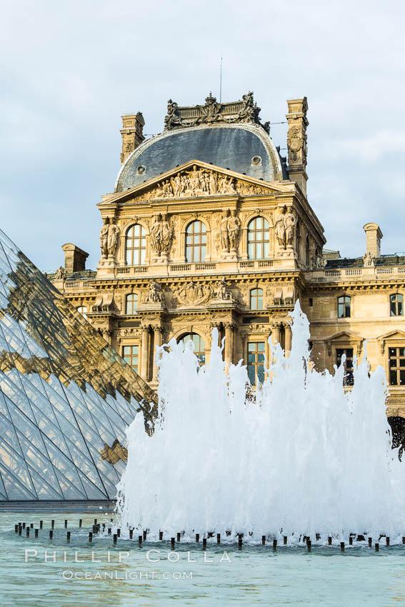 Pavilion Richelieu and Pyramide du Louvre, Musee du Louvre. Musee du Louvre, Paris, France, natural history stock photograph, photo id 28193