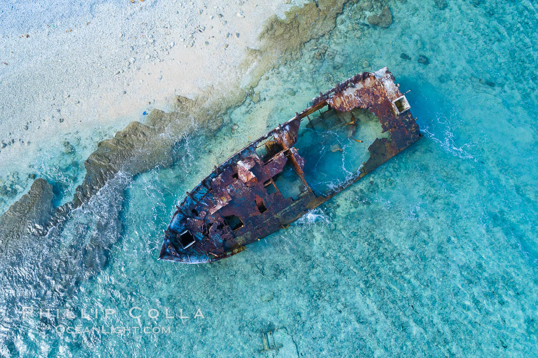 Rusting shipwreck on the beach at Clipperton Island, aerial photo, Clipperton Island is a spectacular coral atoll in the eastern Pacific. By permit HC / 1485 / CAB (France). Clipperton Island, France, natural history stock photograph, photo id 32839