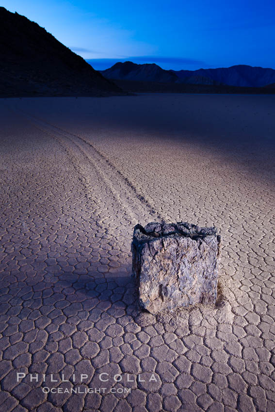 Sailing stone at dawn, Racetrack Playa, Death Valley National Park, California. USA, natural history stock photograph, photo id 27697
