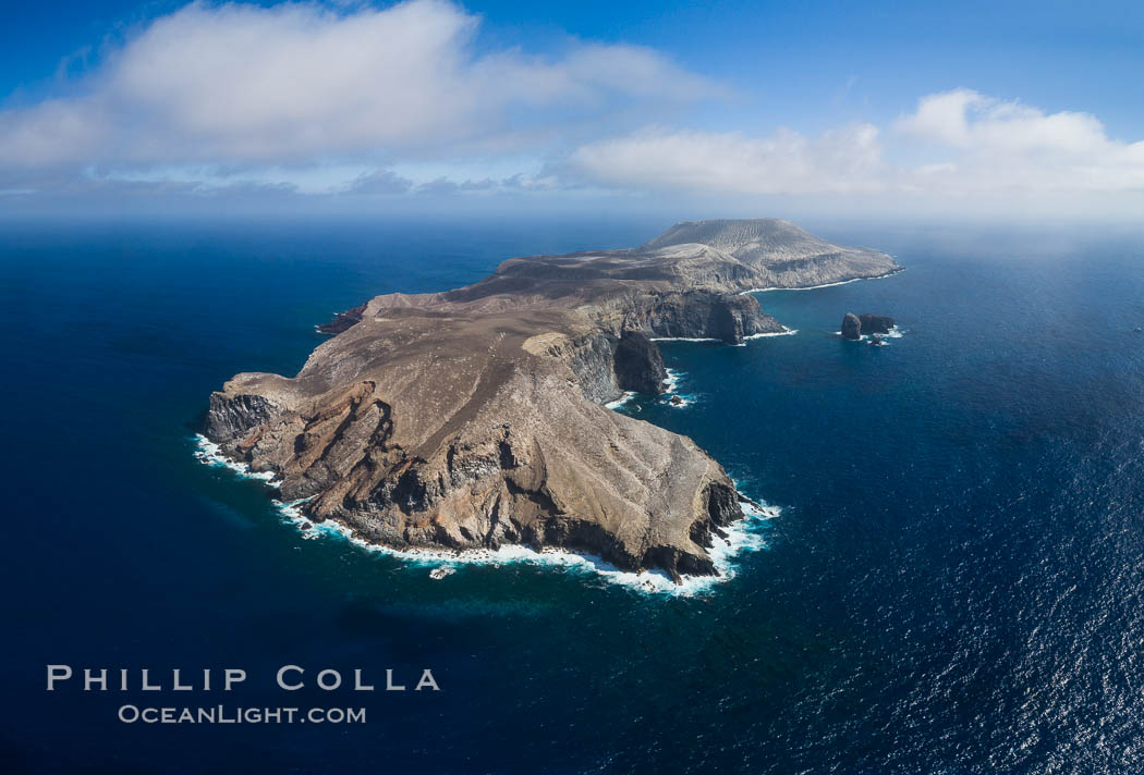 San Benedicto Island and Barcena crater, aerial photo, Revillagigedos Islands, Mexico. San Benedicto Island (Islas Revillagigedos), Baja California, natural history stock photograph, photo id 32938