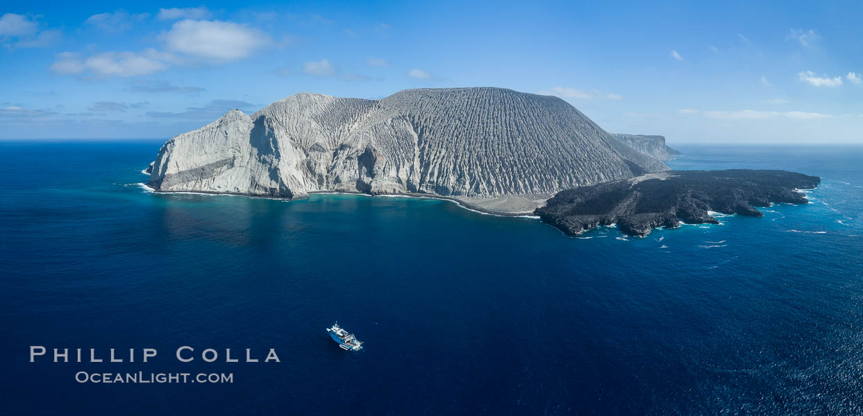 San Benedicto Island and Barcena crater, aerial photo, Revillagigedos Islands, Mexico. San Benedicto Island (Islas Revillagigedos), Baja California, Mexico, natural history stock photograph, photo id 32916